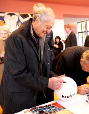 Jean Vincent, à l'hôtel de ville de Marles-les-Mines, en 2009. - Photo © PVC
